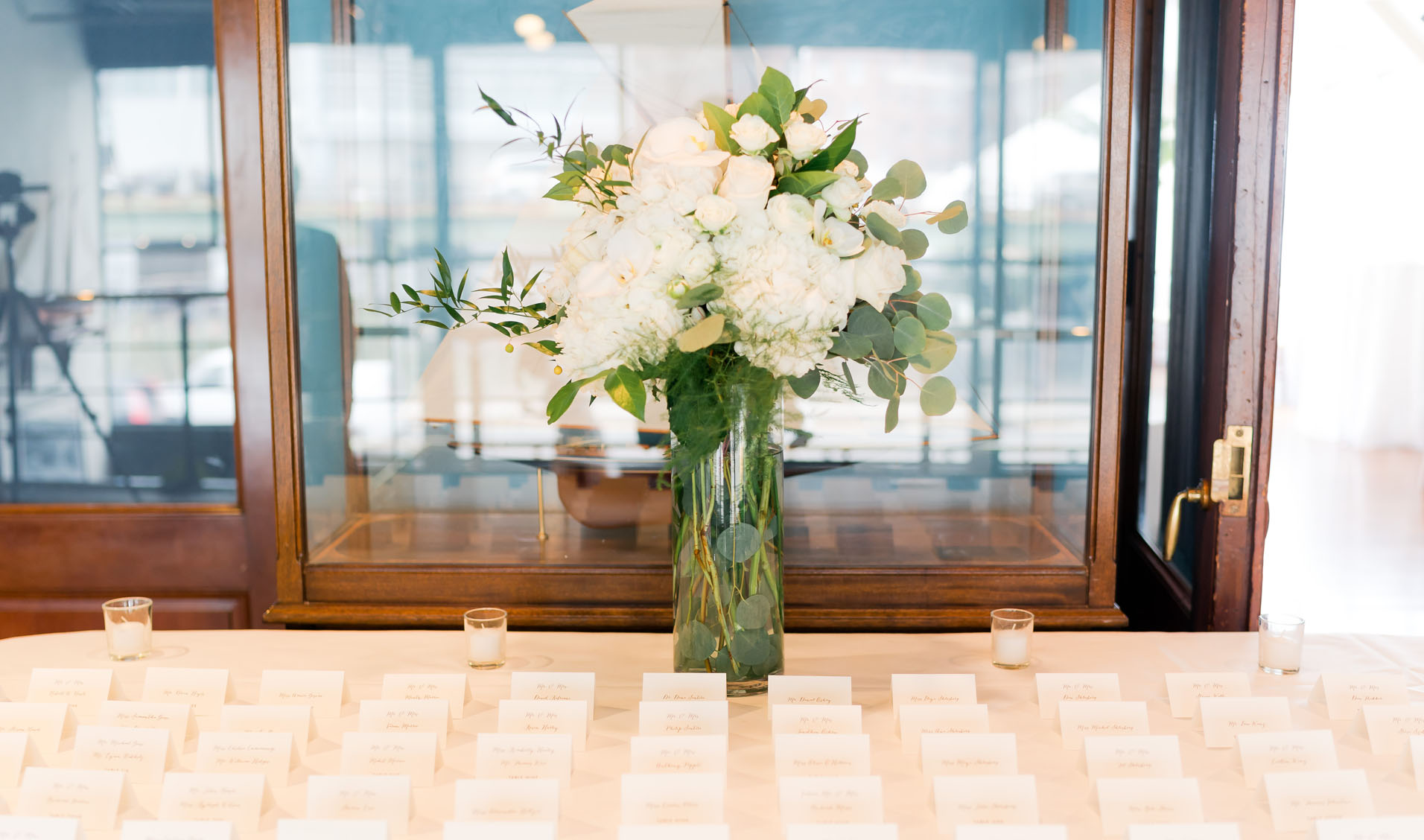 invitations and bouquet – susan shek