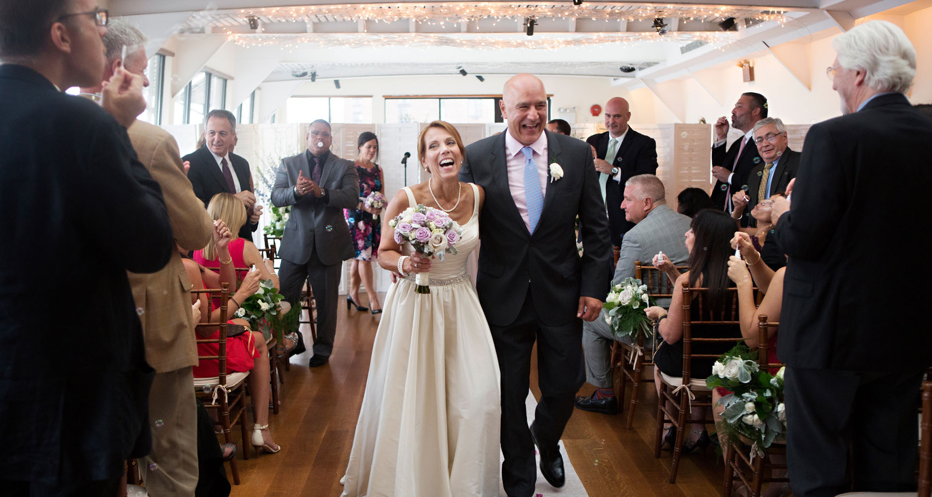 groom and bride in the aisle – maria hunter photography