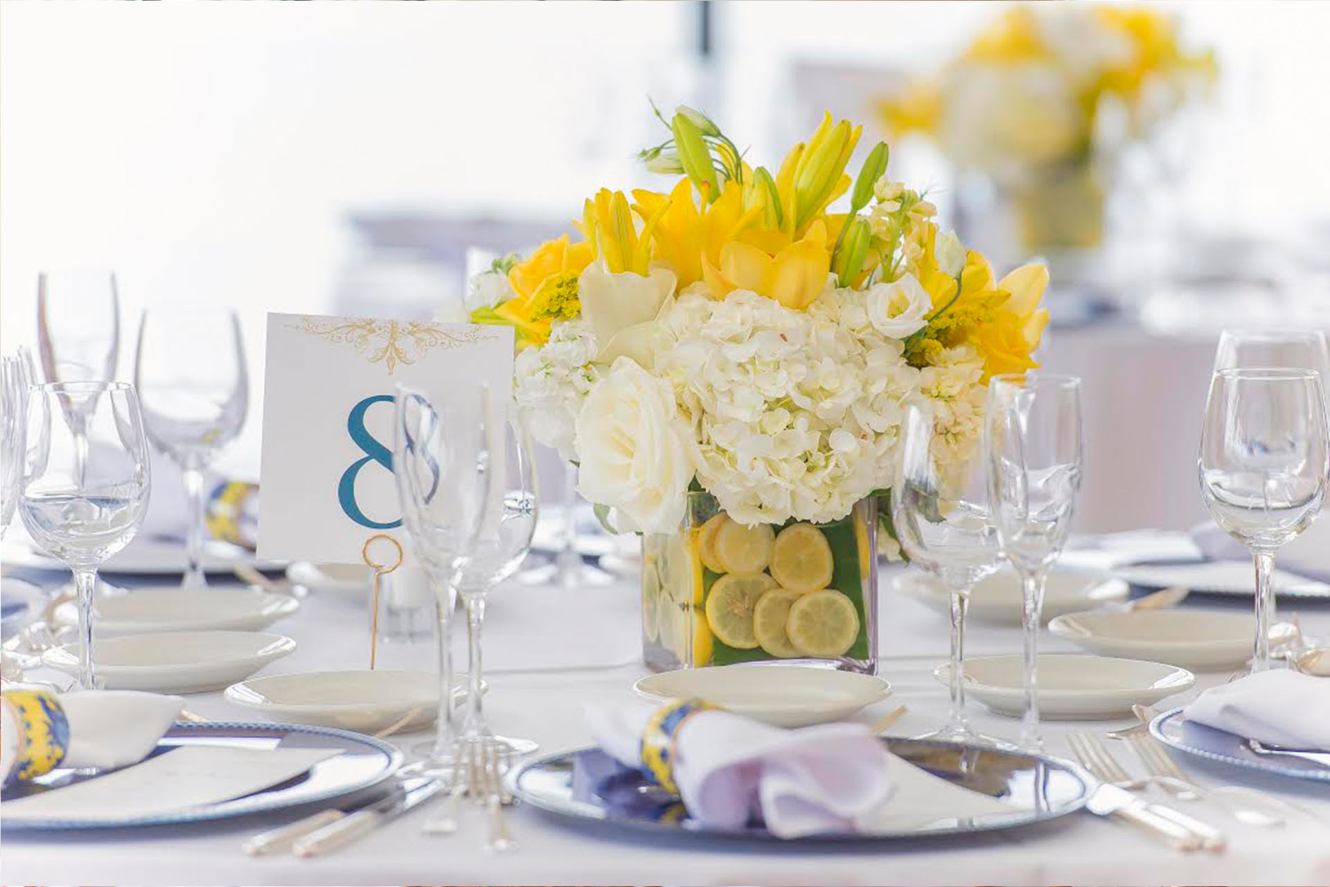 yellow bouquet table 8